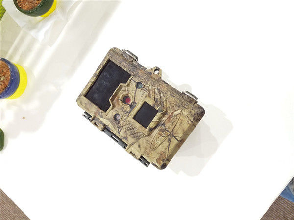 Low Power 0.09mA Waterproof Deer Trail Camera / Action Cameras For Hunting